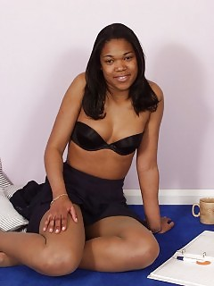 Black Beauties Ebony Hard