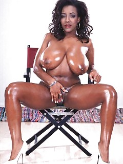 African Goddesses Hot Black Chick