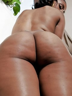 Breathtaking Black Beautiful Riding Dick On The Sofa