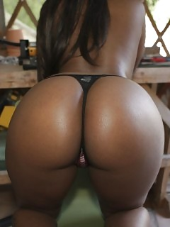 Nice Black Booty Ebony Grannies