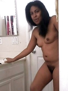 Cumshotsnfacials Beauty Black Beauty Sydnee Capri Grinding A Big Bone And Gets Naughty Shot Facial